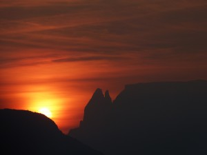 P1060788a Missian, Sonnenaufgang
